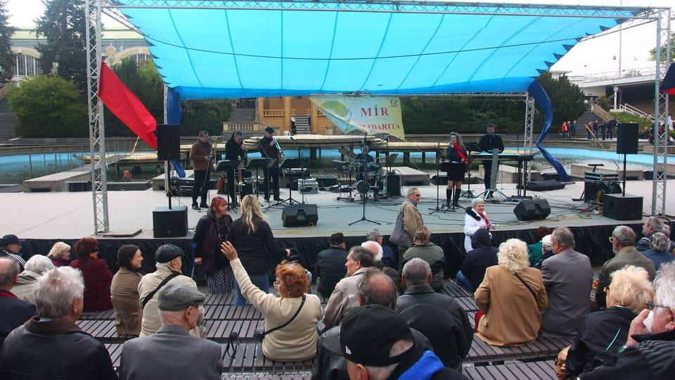 Oslavy 1. máje na pražském výstavišti patří komunistům,  foto: Štěpánka Budková