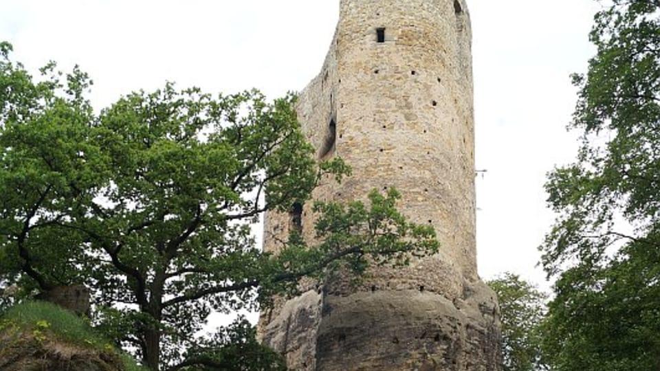 Zříceniny hradu Valečov,  foto: archiv ČRo - Radio Prague International