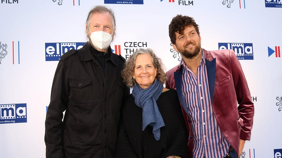 Elija Cmiral a Debra Kolar se synem | Foto: Ája Bufka
