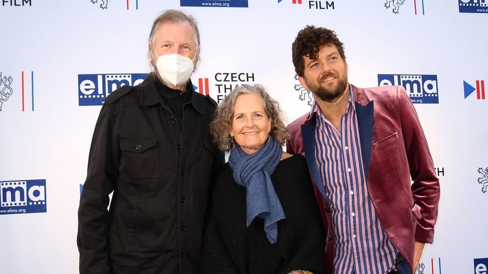Elija Cmiral a Debra Kolar se synem   Foto: Ája Bufka