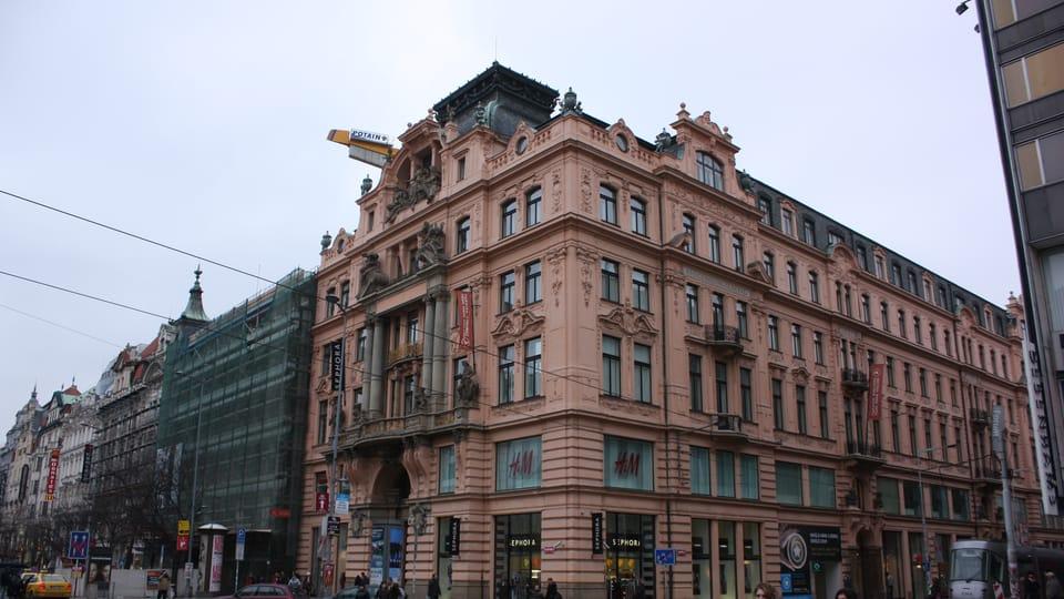 Budova Assicurazioni Generali dodnes stojí na rohu Václavského náměstí a Jindřišské ulice,  foto: Štěpánka Budková