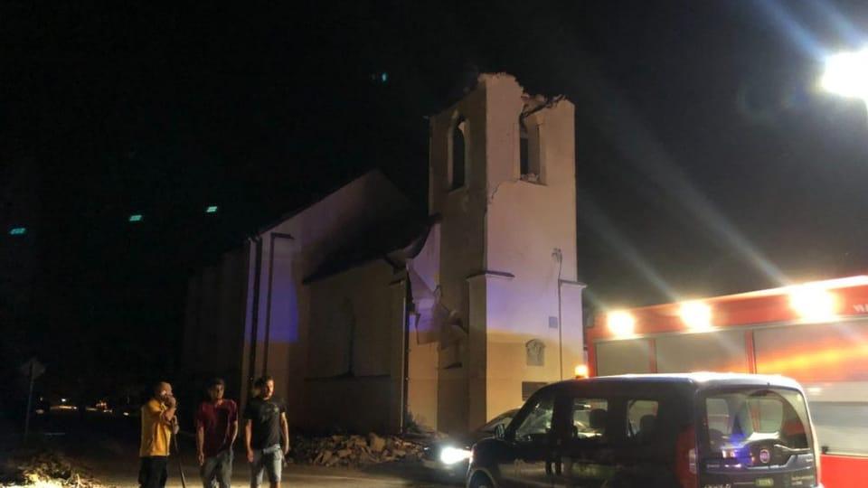 Kostel sv. Bartoloměje v Hruškách přišel kvůli tornádu o střechu   Foto: Petr Tichý,  Český rozhlas