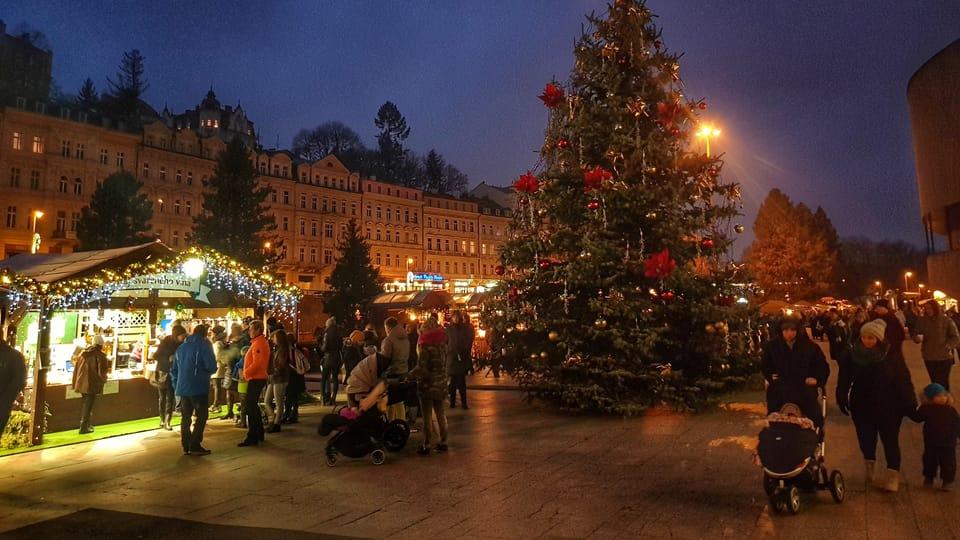 Vánoční strom v Karlových Varech,  foto: Naďa Krásná