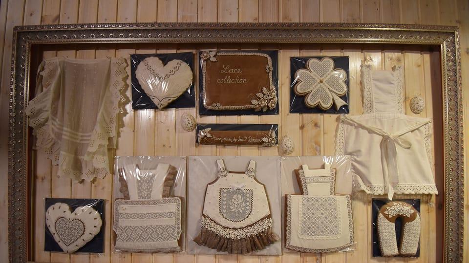 Stěny muzea zdobí perníky,  které vypadají spíše jako krajka než pečivo,  foto: Ondřej Tomšů