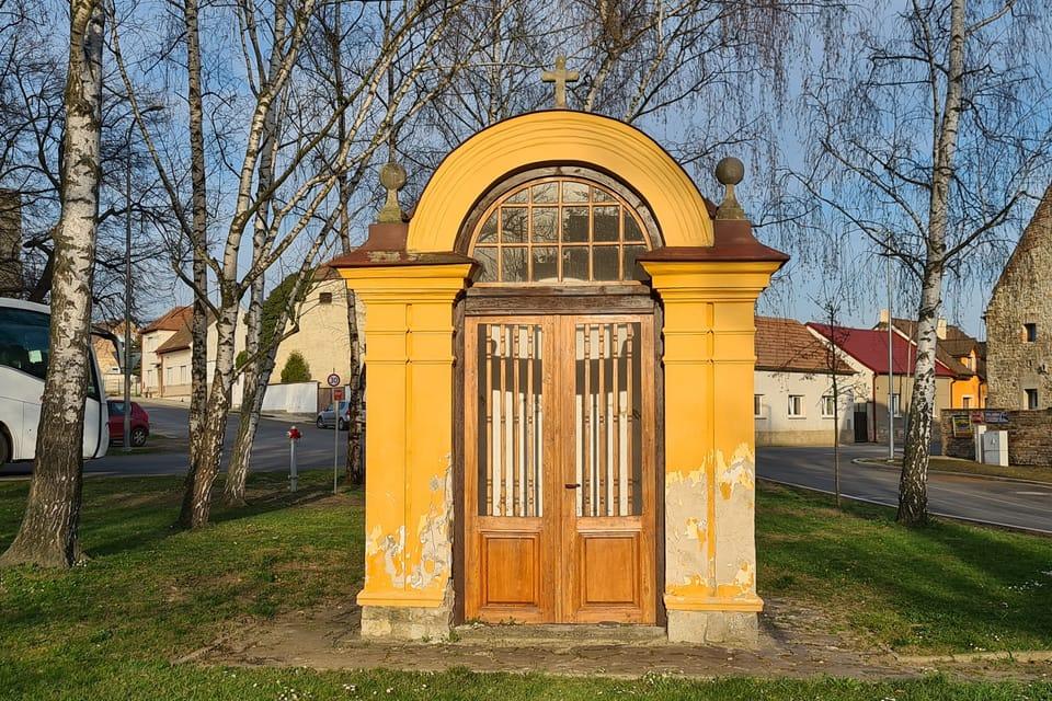 Lenešice,  kaple sv. Jana Nepomuckého | Foto: Klára Stejskalová,  Radio Prague International