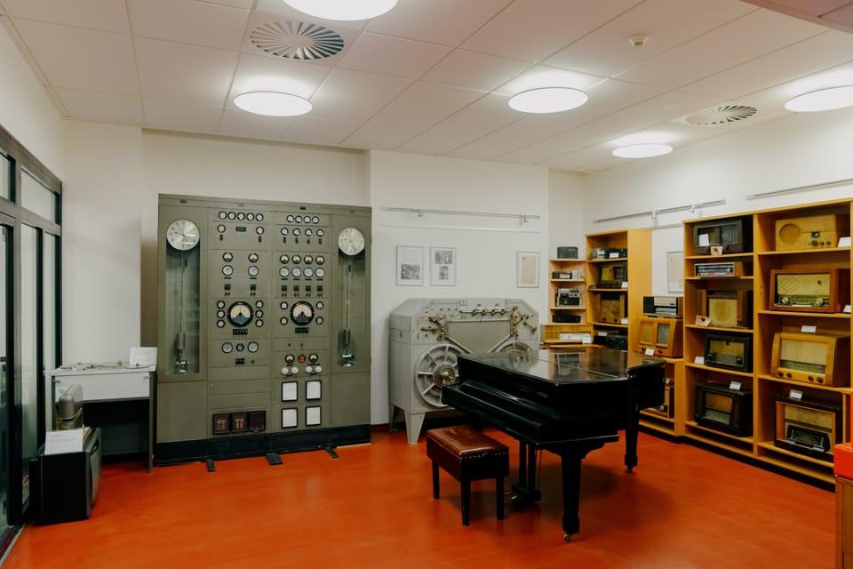 Historická rozhlasová technika | Foto: APF Český rozhlas