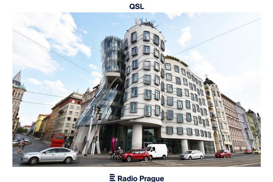 'Tančící dům',  Praha,  1996,  Architekti: Vlado Milunić,  Frank O. Gehry,  foto: Ondřej Tomšů